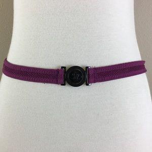 Lululemon Adjustable one size waist clasp belt